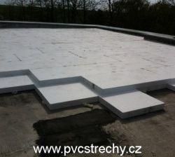 Zateplení střechy a pokládka PVC